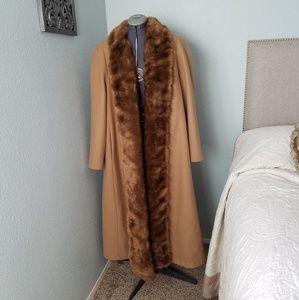 Vintage Willow Ridge coat